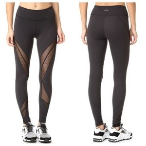 New Beyond Yoga Polka Dot Mesh Leggings (L)